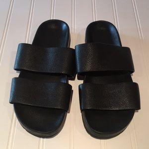 Vince Black Leather Sandals sz 38